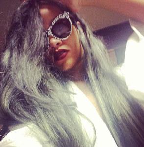 Rihanna couleur de cheveux