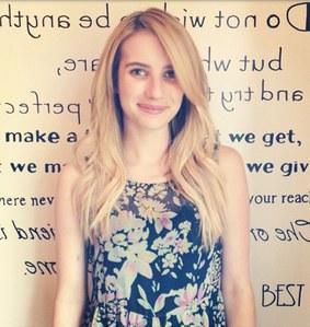 Emma Roberts blonde
