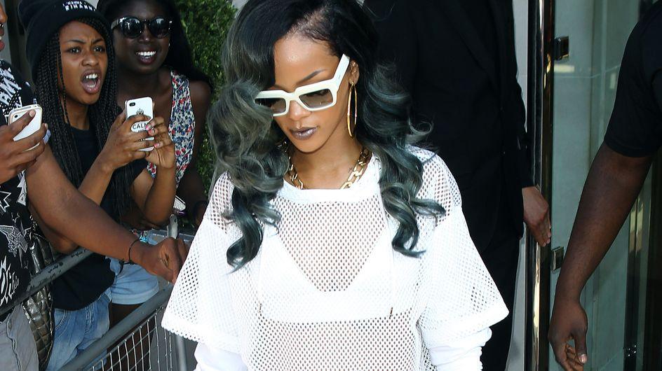 Rihanna : Sans culotte et en short transparent (Photos)