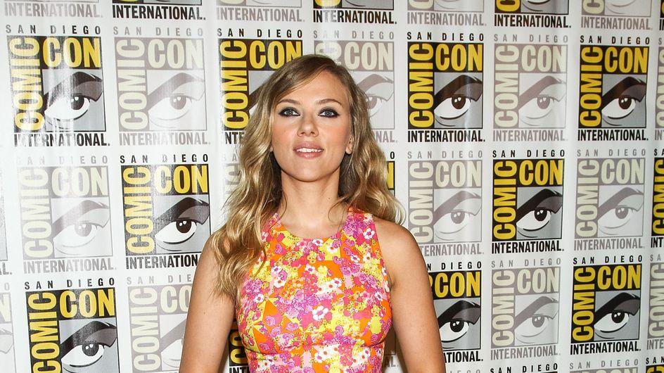 Scarlett Johansson : Mince et rayonnante au Comic Con (Photos)