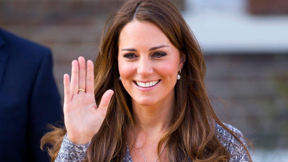 """Kate Middleton : La naissance du """"Royal Baby"""" saluée à coups de canon"""