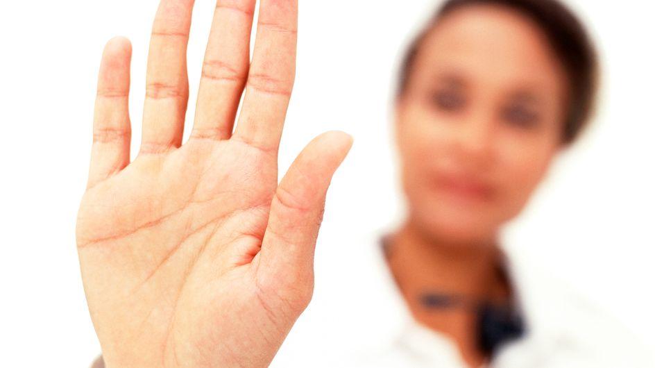 Insolite : Pour changer de destin, ils se font refaire les lignes de la main