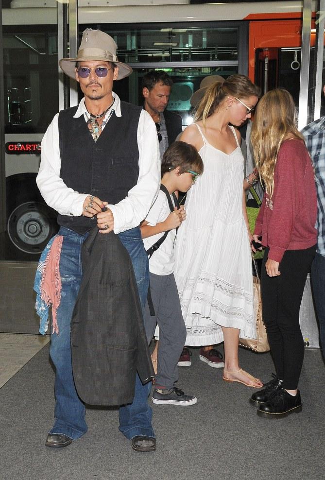 Johnny Depp, en compagnie de ses enfants et Amber Heard