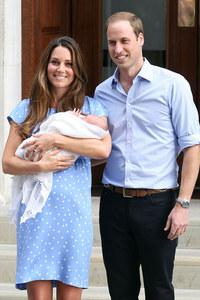 Kate Middleton wears mock-up Diana dress by Jenny Packham to leave hospital