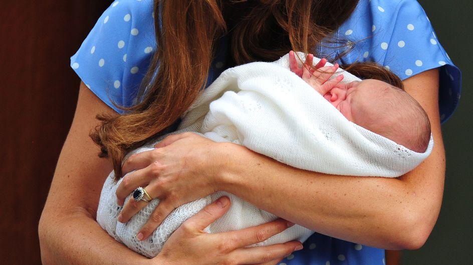 Royal Baby : Les premières photos du bébé de Kate et William