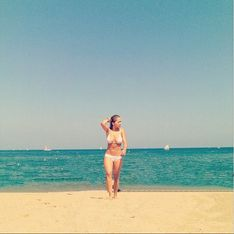 Rita Ora : Naïade sexy en bikini (photo)