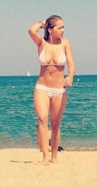 Rita Ora maillot de bain