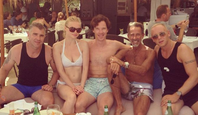 Benedict Cumberbatch officiates friends' wedding