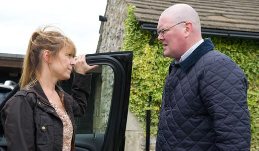 Paddy's confused by Rhona's lying