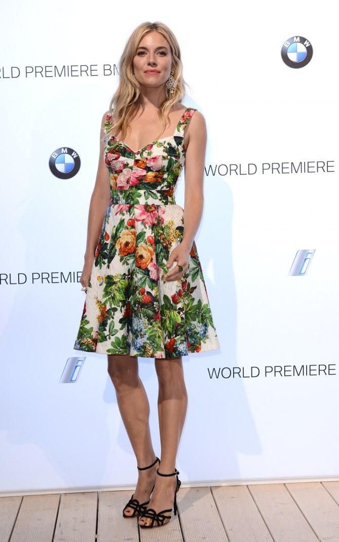 Sienna Miller à la présentation BMW i3