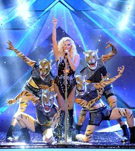 Kesha confiesa que nació con un pequeño 'rabo'