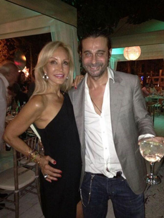 Carmen Lomana y Jordi Molla celebrando el cumpleaños de ésta