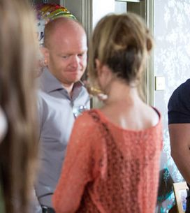 EastEnders 12/08 - Sparks fly between Joey and Lauren