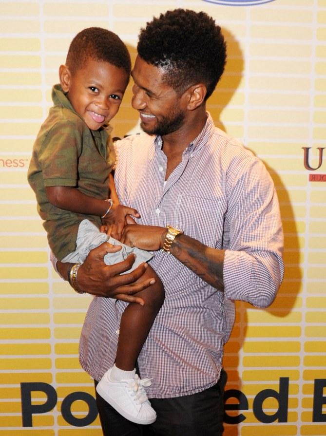 Usher et son fils Raymond V
