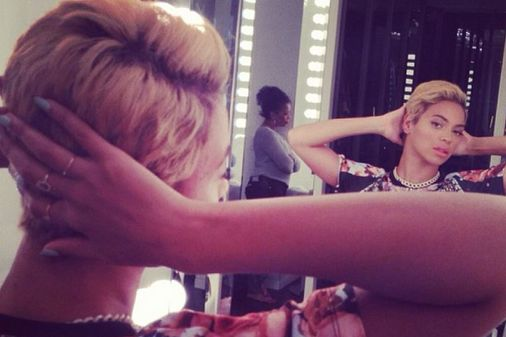 Beyoncé cheveux courts