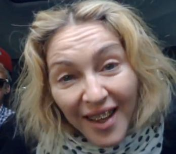 Madonna infuriata per foto intime