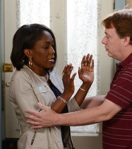 EastEnders 19/08 - Denise tells Ian it's over