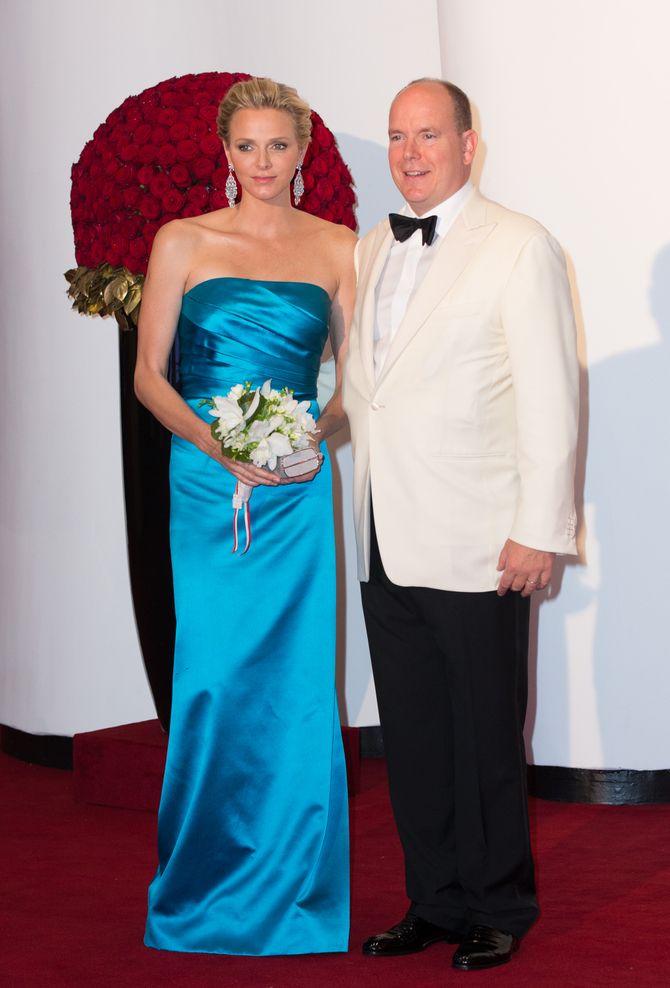 Charlène de Monaco  et le prince Albert II au Bal de la Croix Rouge 2013