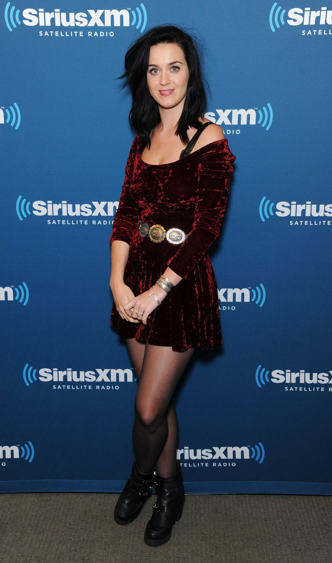 Katy Perry et son look de patineuse artistique