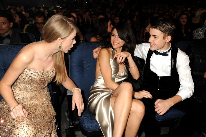 Taylor Swift, Selena Gomez & Justin Bieber 2011