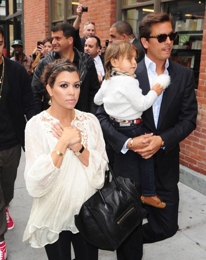 Kourtney Kardashian avec son fils et Scott Disick