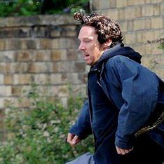 Sherlock Series 3 Spoilers: Dishevelled Benedict Cumberbatch snapped shooting new scenes