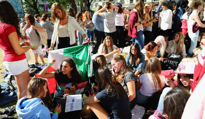 One Direction fans camp out for This Is Us premiere