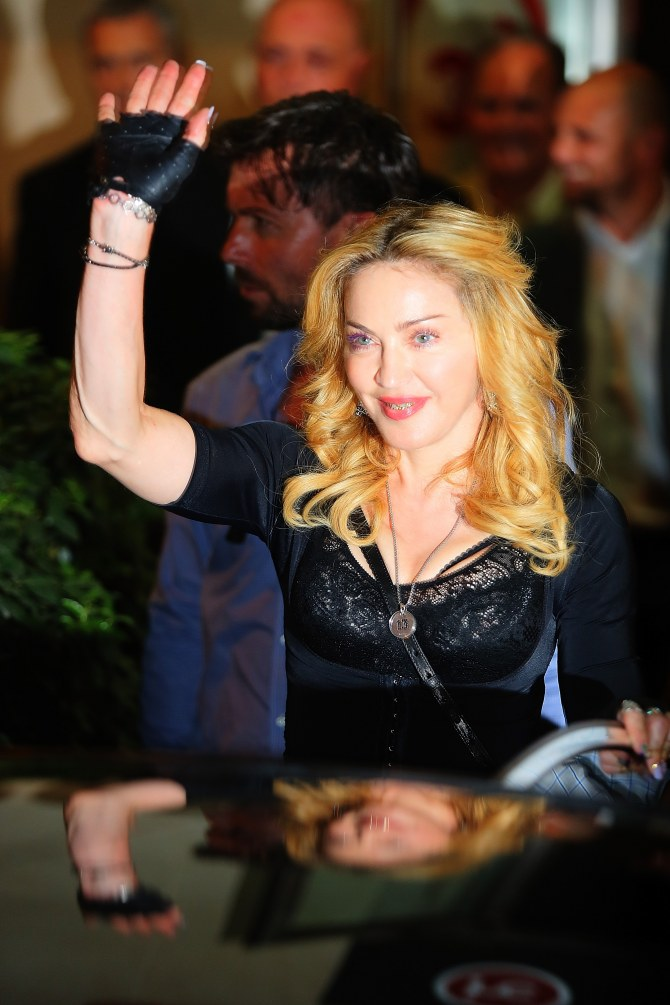 Madonna opte pour des dents en or et diamants