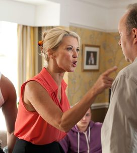 Hollyoaks 05/09 – Robbie makes some serious claims about his uncle