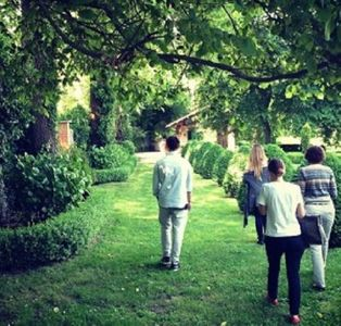 Belén posta la foto della location delle nozze