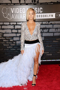 The best and worst dressed celebs from MTV Video Music Awards 2013
