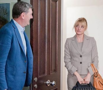 Emmerdale 10/09 - Nicola finds herself in an awkward position