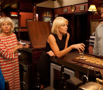 Coronation Street 16/09 - Stella hits the bottle after finding out the truth