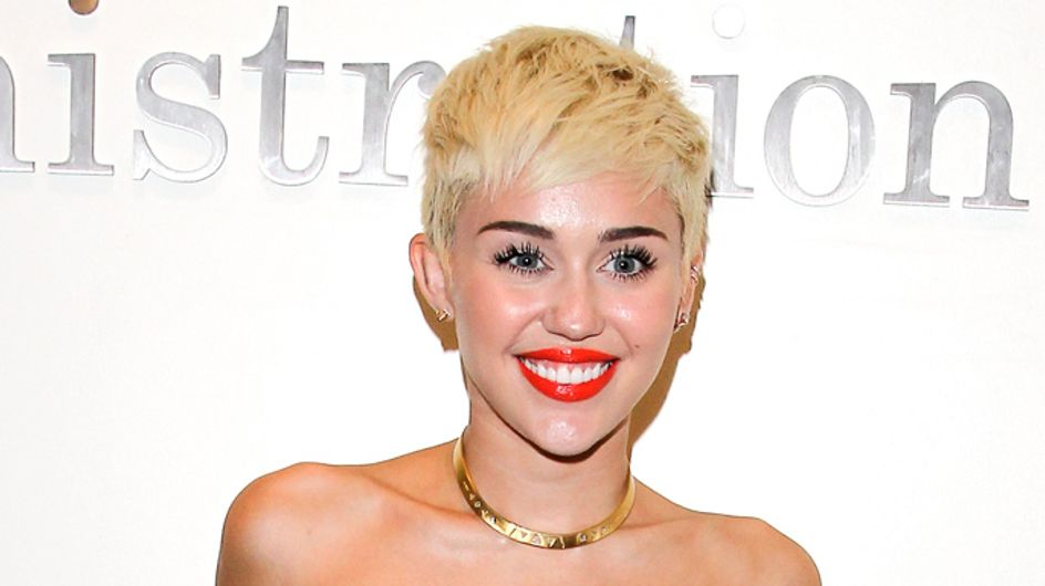 Miley Cyrus breaks Vevo records with new naked Wrecking Ball video