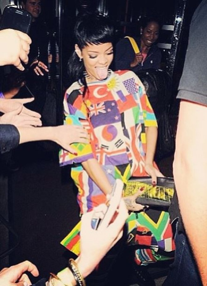 Rihanna et sa pochette pénis
