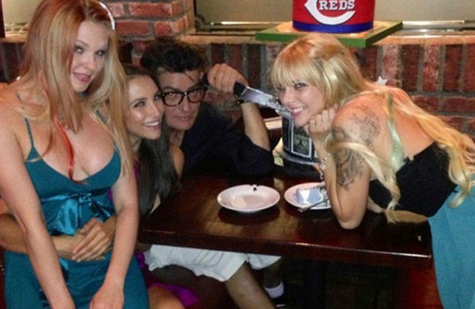 3 Engel für Charlie Sheen: Er liebt mehrere Frauen gleichzeitig!