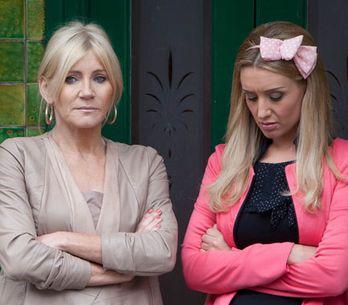 Coronation Street 23/09 - Eva keeps her night with Jason a secret