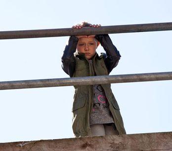 Hollyoaks 02/10 - Leah gets herself into a dangerous spot