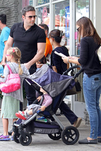 Ben Affleck with his family