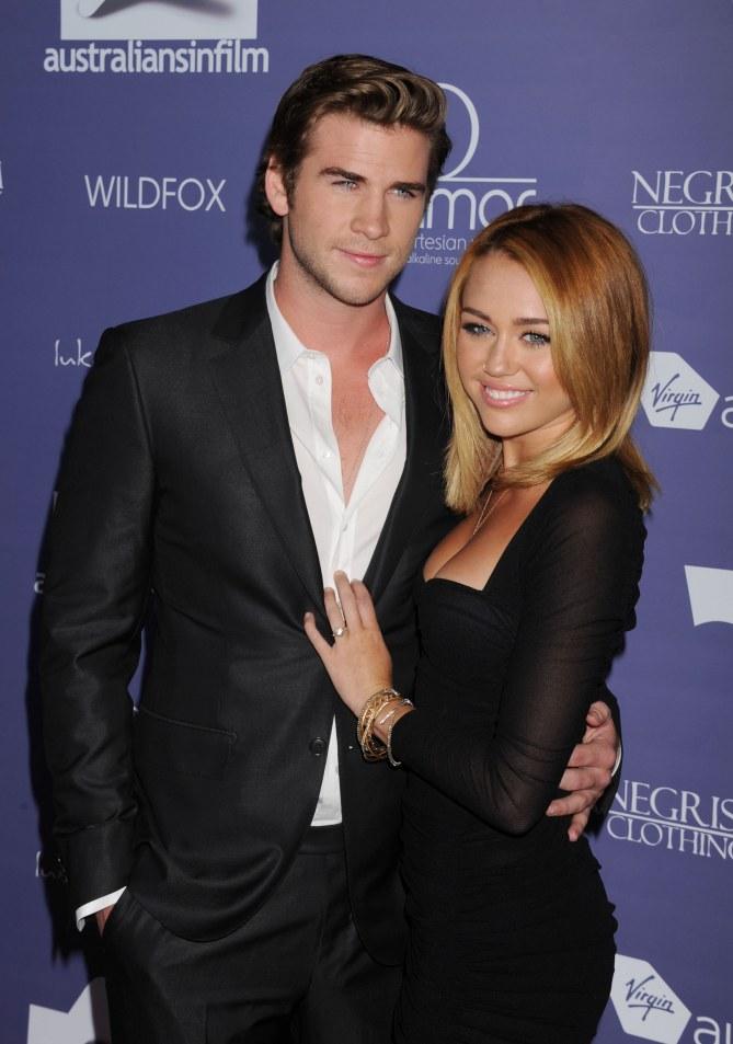 Miley et Liam au moment de leurs fiançailles