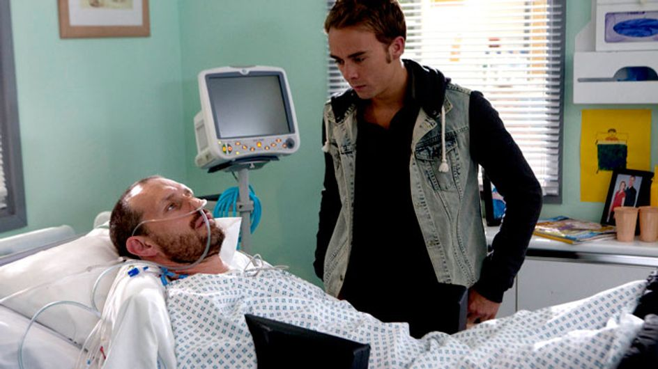 Coronation Street 30/09 - Nick wakes…but what will he remember?
