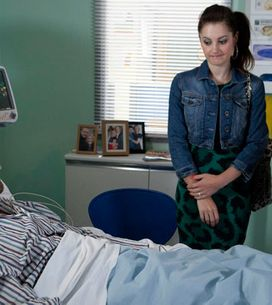 Coronation Street 02/10 - David's at breaking point as Kylie visits Nick
