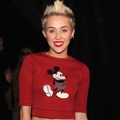 Miley Cyrus still texting Liam Hemsworth - but he wants to be single