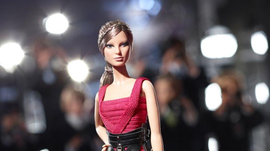 Barbie : Relookée par Hervé Léger by Max Azria (Photos)