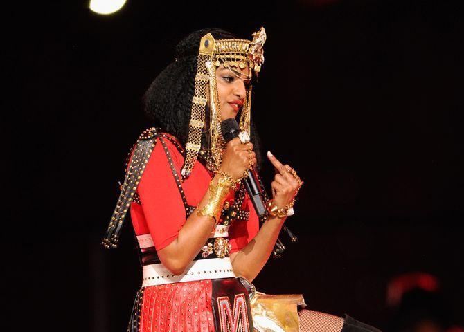 M.I.A collabore avec Versace