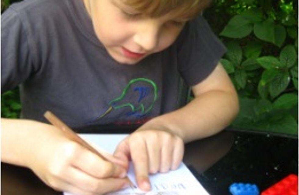 Insolite : Un petit garçon décide d'écrire au monde entier