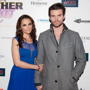 Rachael Leigh Cook & Daniel Gillies