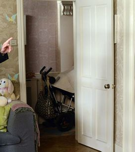 EastEnders 08/10 - Michael tells Janine he wants full custody of Scarlett