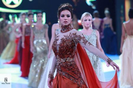 Marine Lorphelin - Miss Monde