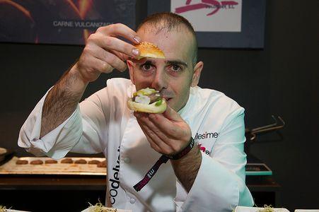 Mini hamburguesas y cocina de fusión, de mano de los mejores chefs de Madrid.